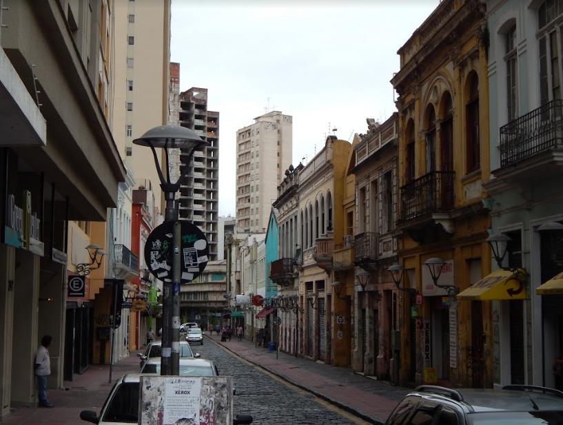 sf10 - O Alternativo Bairro São Francisco em Curitiba