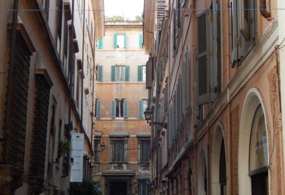 r1 570x391 - Roma Oculta - 8 Lugares para conhecer