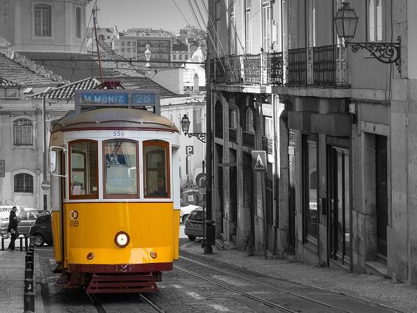 """capa - 8 bairros """"subestimados"""" de Lisboa para você conhecer"""