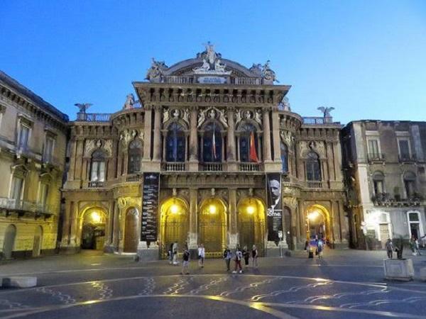 TEATRO - Os bairros mais legais de Catânia - Sicília