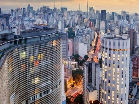 copan mirante noturno 456x342 - Conheça os mirantes do centro de São Paulo