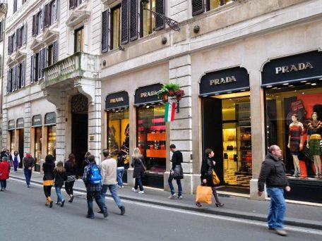 As principais ruas comerciais de Roma onde ir
